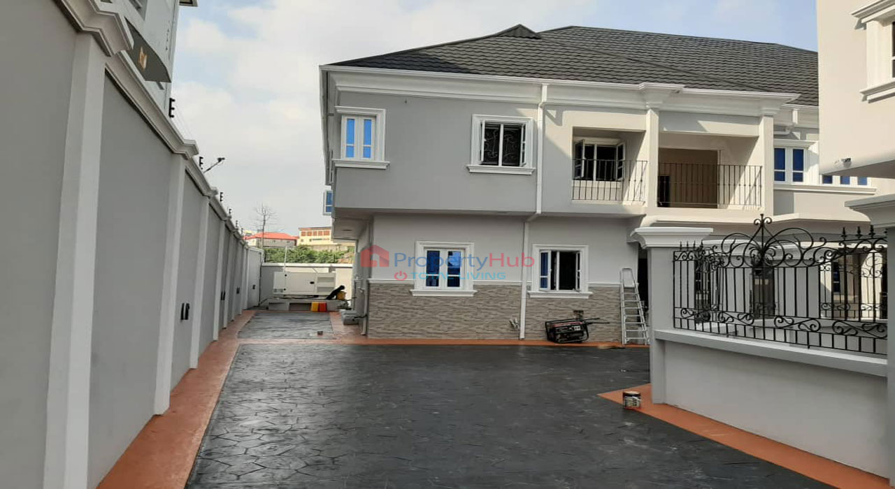 Exquisitely Finished 4 Bedroom Terrace at Maryland, Lagos